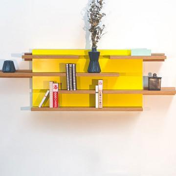 Etagère modulaire Sline, en bois et laque de couleur personnalisable. Le point D.