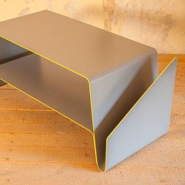 V coffee table - Le point D