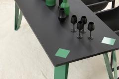 2_table_highlander