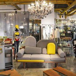 Vue du Couchino by Le Point D à l'intérieur de la boutique O Concept Store