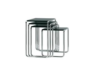 Les tables gigognes B9 (THONET) (1925/1926) de Marcel BREUER