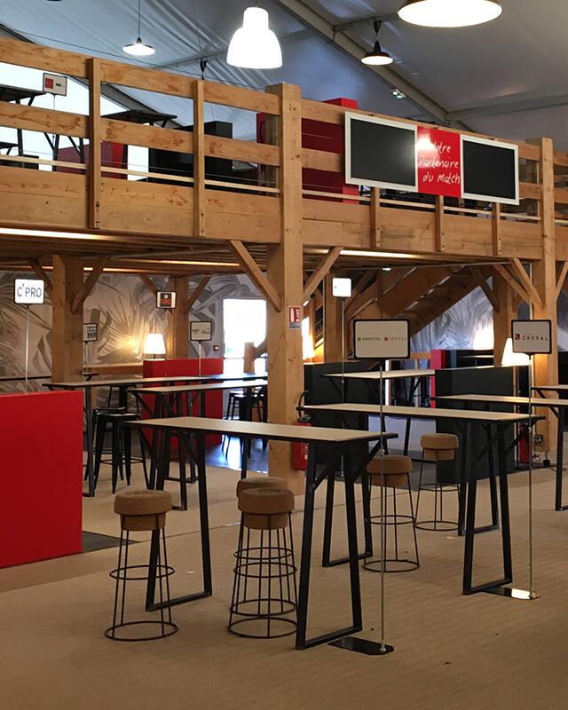Aménagement / déco espace de réception des partenaires du Valence Romans Drôme Rugby.